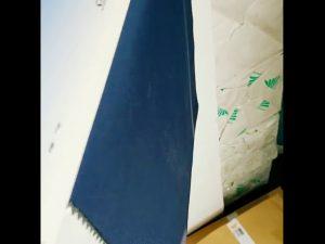 ผ้าโพลีเอสเตอร์ 100% ระบายอากาศได้ดีพีวีซีทนน้ำผ้า Pongee สำหรับแจ็คเก็ตกลางแจ้ง